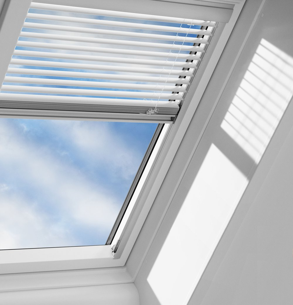 remote-control-velux-window-blinds (1).jpg