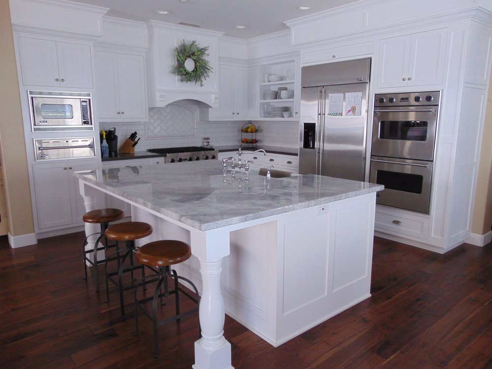 White shaker custom cabinets by Haro's