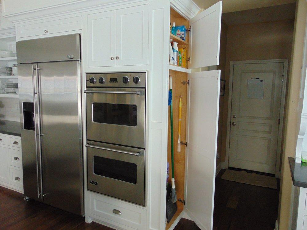 Jenny Custom Cabinets (47).JPG