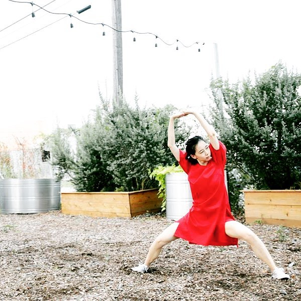 Just @thepilotdanceproject this Saturday for a winter rendition of @lryuill1 's Green Zebras! We'll be performing in Midtown Park at 1:30! Hot chocolate and lunch on us! The performance is made possible by a grant through @midtownhou ! #yaydance #houdance #houarts #pilotdanceproject #greenzebras Photo by @pinlim