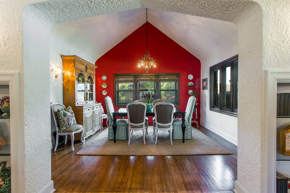 eclectic-dining-room-2.jpg