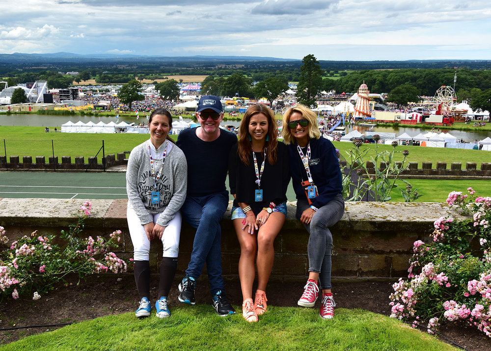 Nina & Chloe Barbour (Tim Bradley Photography) with Chris Evans at Car Fest 2017