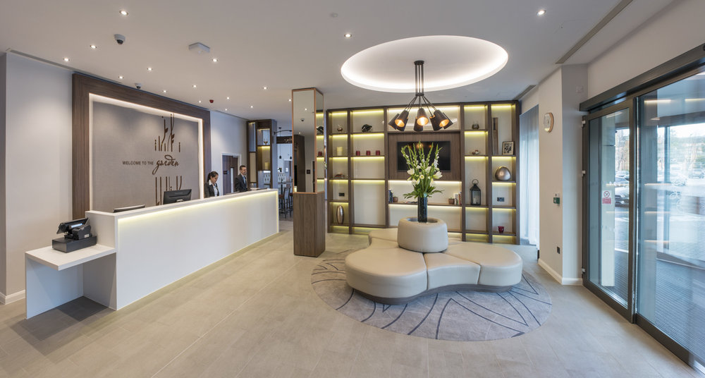 Hilton_Garden_Inn_Emirates_Old_Trafford_reception.jpg