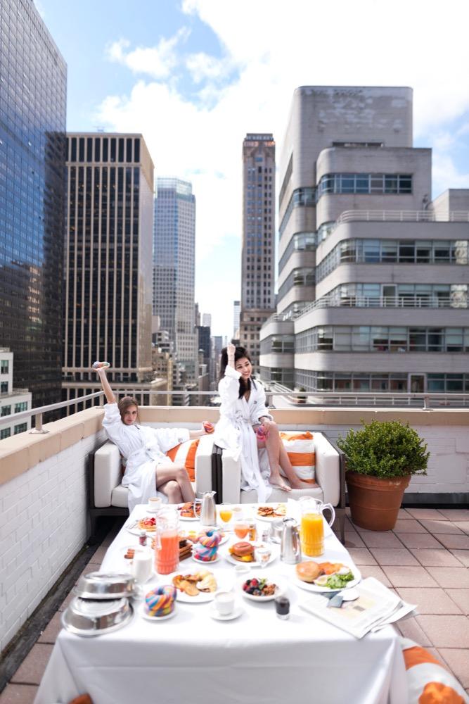 Omni_s_Rodgers___Hammerstein_Suite_terrace_x_2.jpg