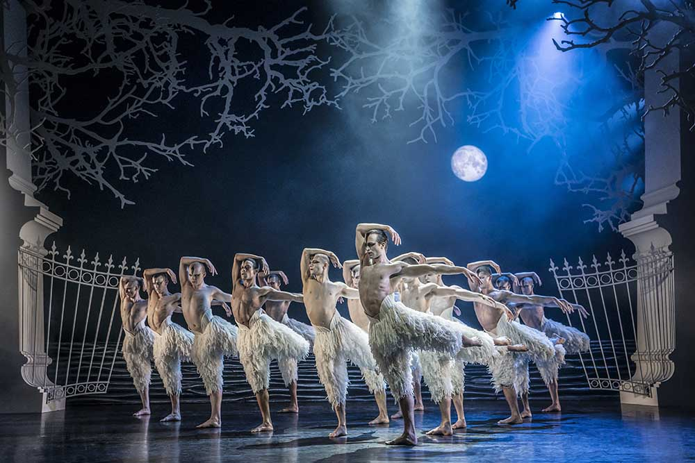 Swan Lake - by Matthew Bourne