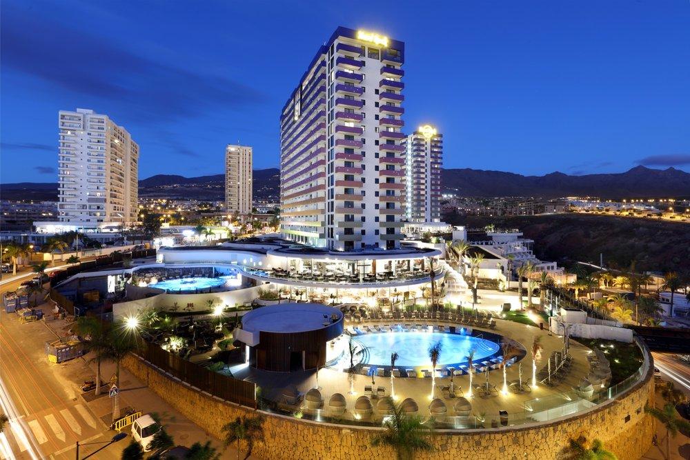 HRH_Tenerife_Exterior_2.jpg