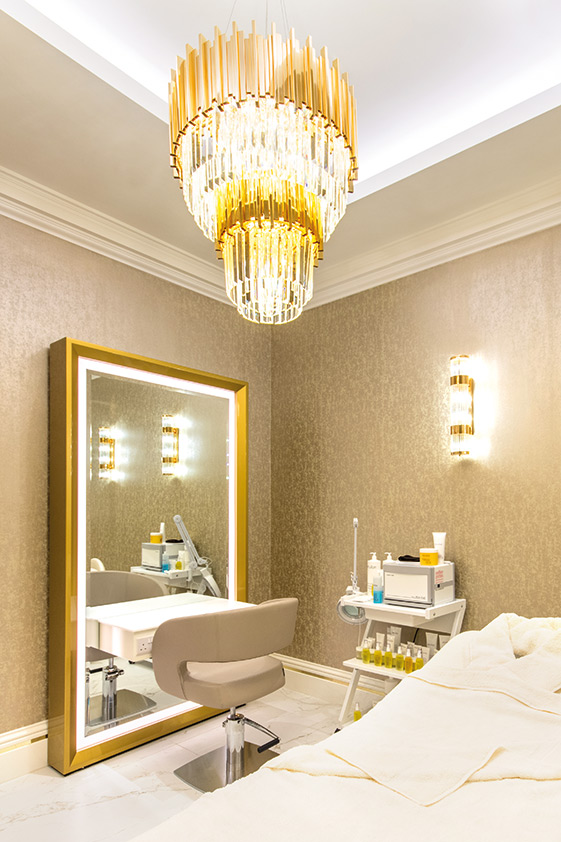 Evelyn-Treatment-Room-1.jpg