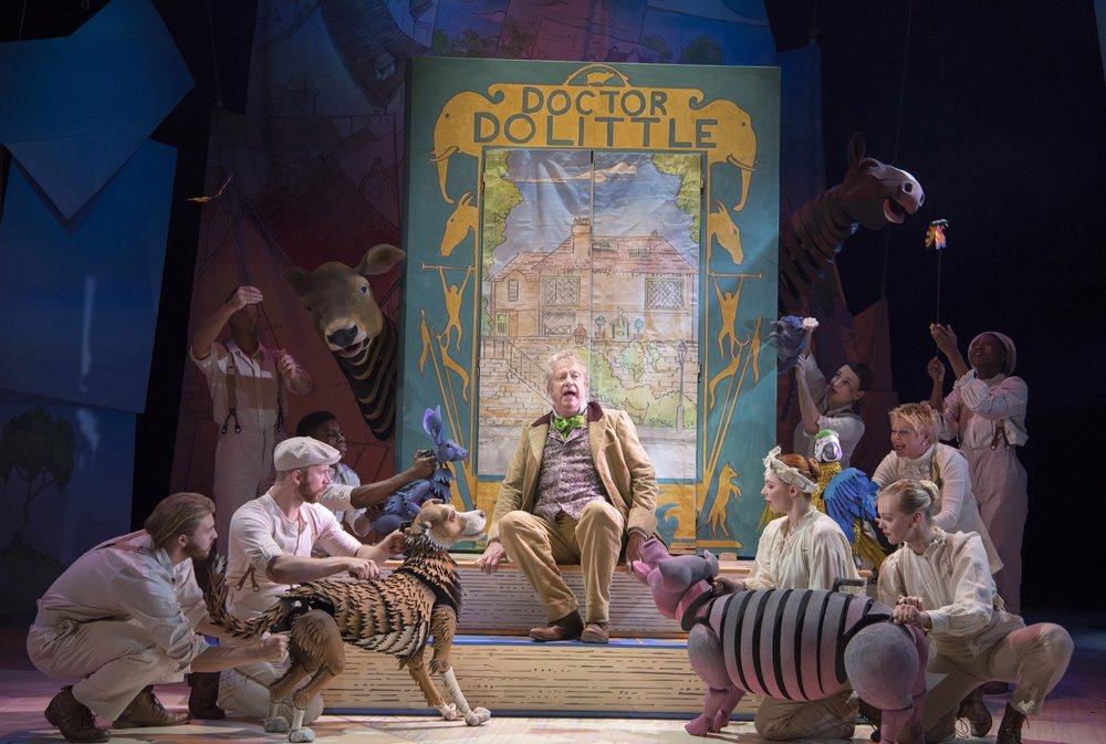Mark_Williams_and_the_cast_of_DOCTOR_DOLITTLE._Credit_Alastiar_Muir..jpg