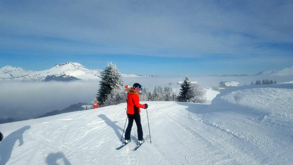 Clare_skiing_.jpg