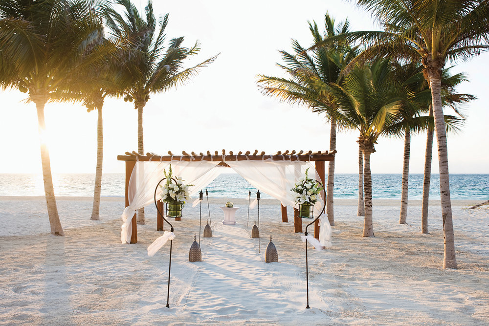 XPC_Beach_Wedding_Gazebo_01_LR.jpg