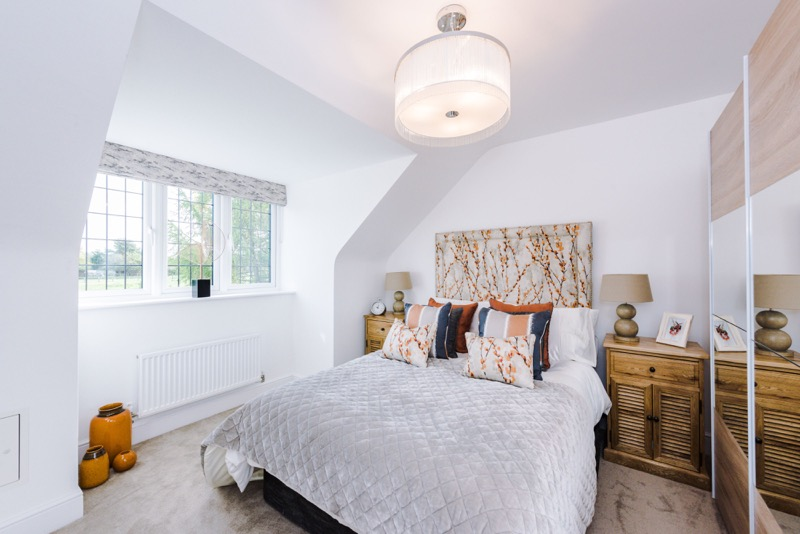 The_Larches_Wilmslow_(13)_bedroom.jpg