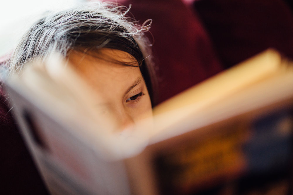 There are several good books that can help teach your child about money.