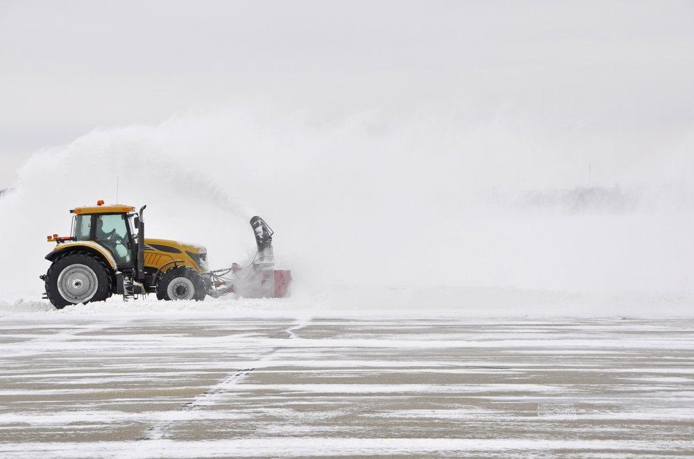 Snow Plow 1 Shutterstock.jpg