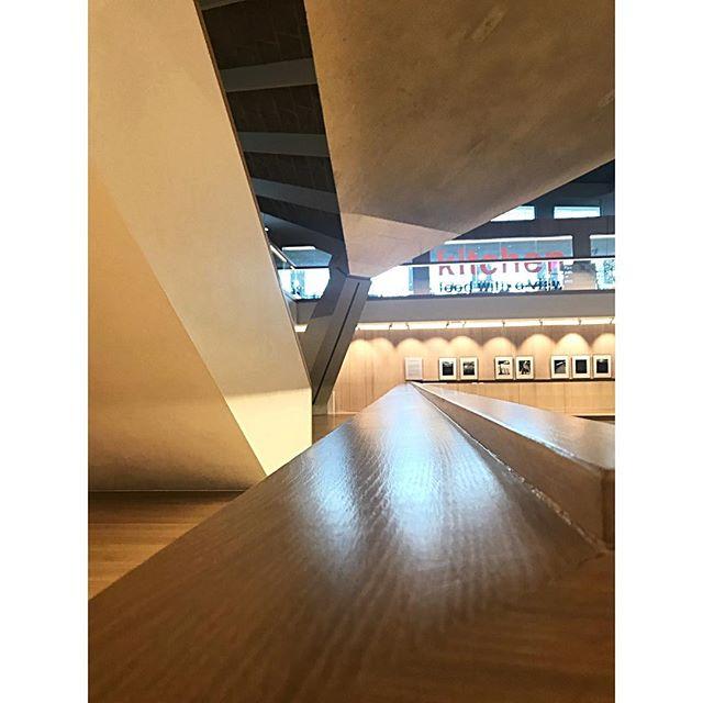 Dynamic geometry. . . #design #designmuseum #london #architecture #modernarchitecture #dynamic #geometry #interiordesign #angle #material #texture