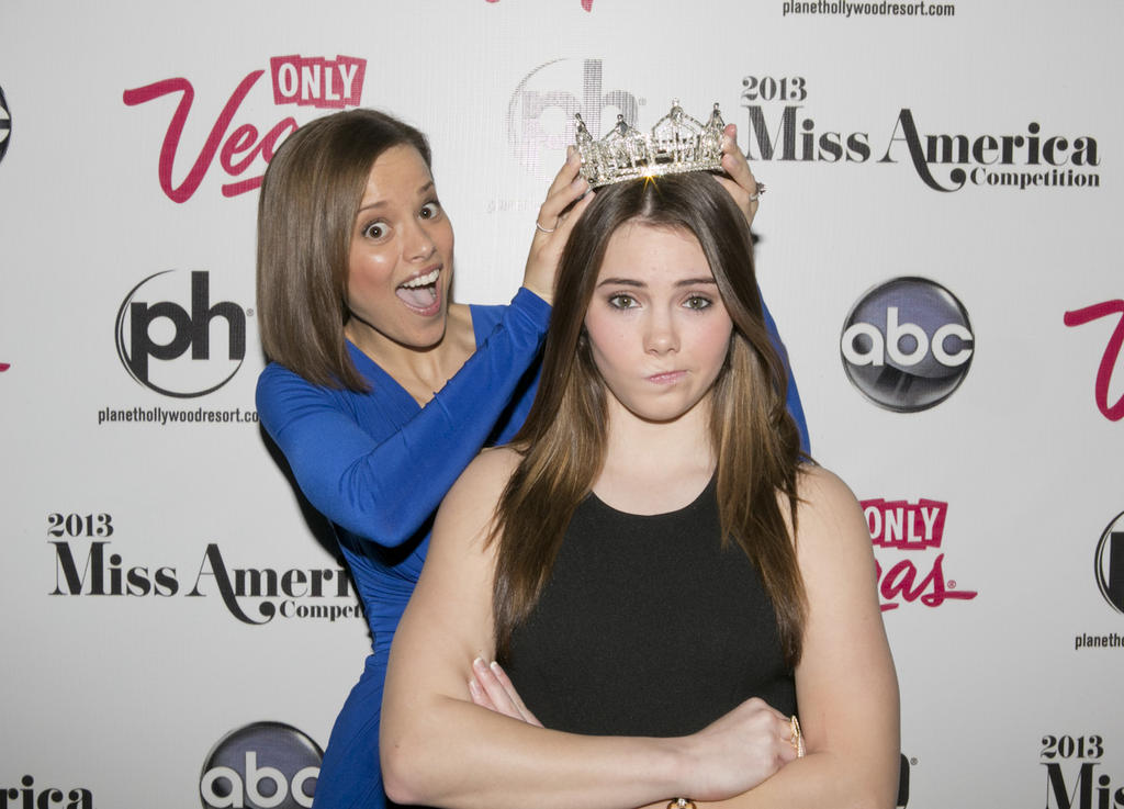 McKayla not impressed as Miss America judge