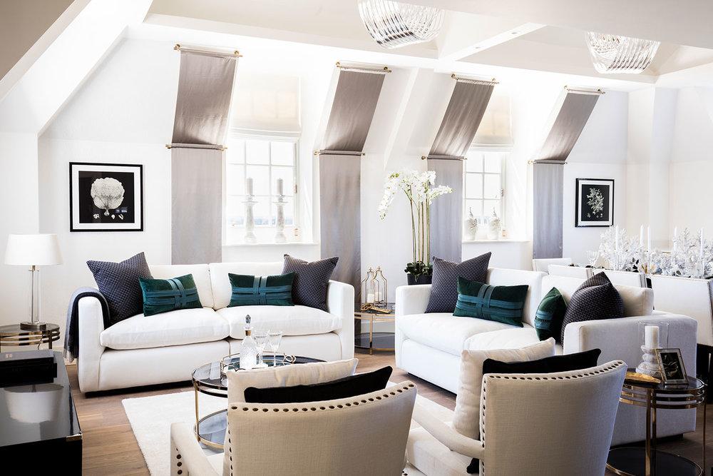 004-The-Star-_-Garter---Suna-Interior-Design---Philip-Durrant-(9).jpg