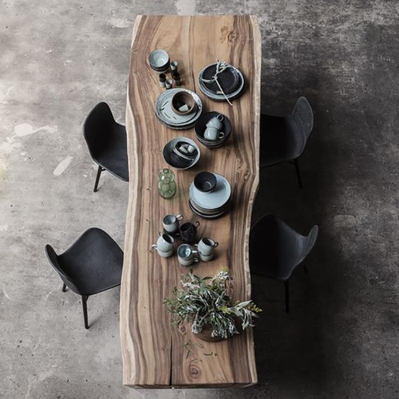 table dressing.jpg