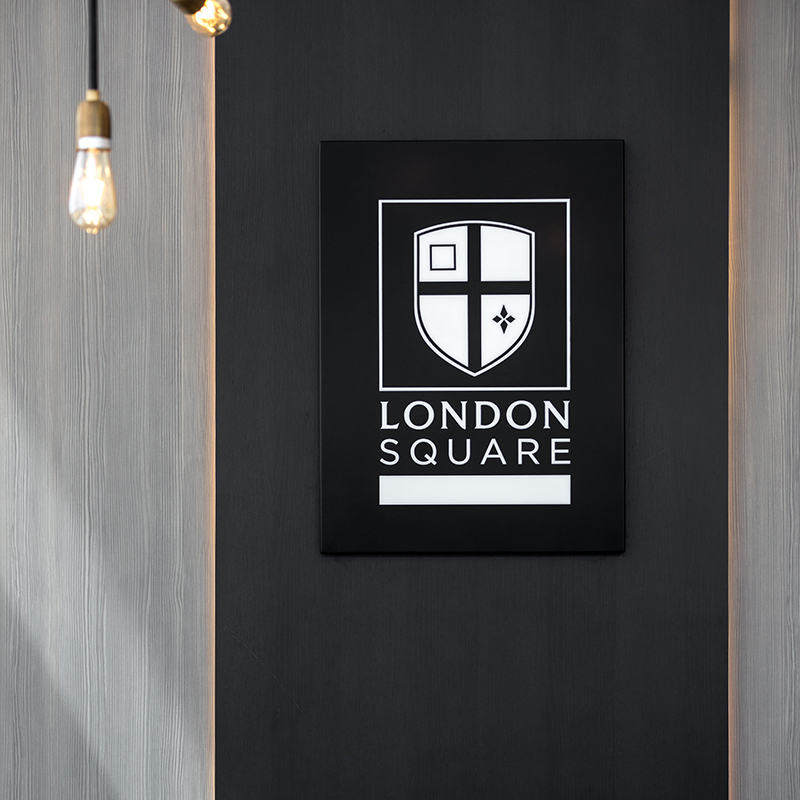 SUNA INTERIOR DESIGN _LONDON SQUARE_MARKETING SUITE Staines MS 014.jpg