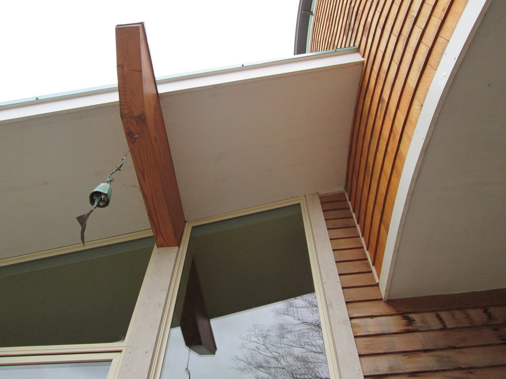 exposed beam made functional for a Soleri bell