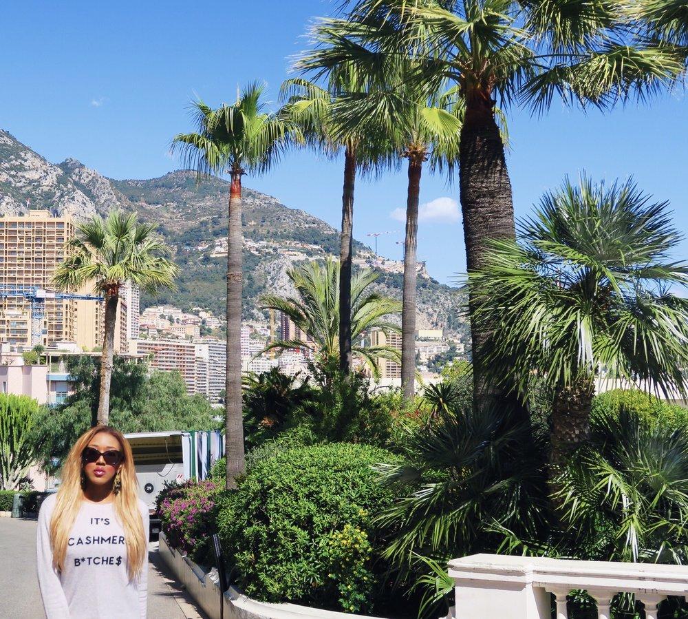 hot + travel + vlog + blog + Monaco + gina rio + georgina rio  + blogger + its cashmere bitches + jumper + cargo pants + jeans green.jpg