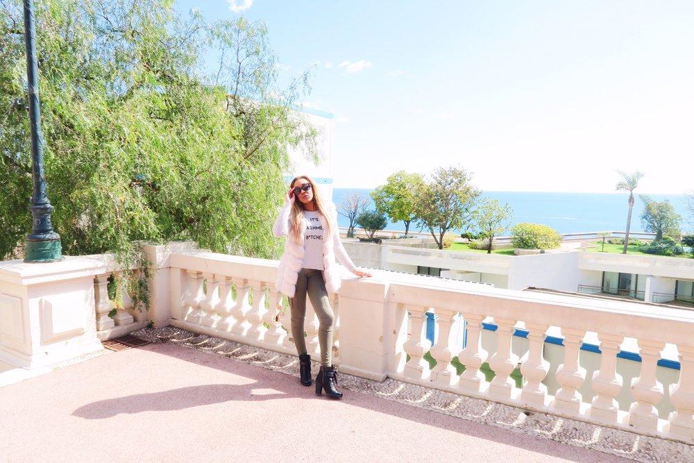 Monaco + gina rio + georgina rio  + blogger + its cashmere bitches + jumper + cargo pants + jeans + prada boots + fur + green.jpg