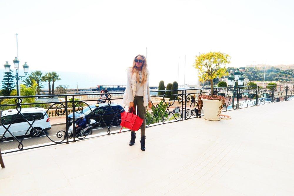 Monaco + gina rio + georgina rio  + blogger + its cashmere bitches + jumper + cargo pants + jeans + celine bag + fur gilet green.jpg
