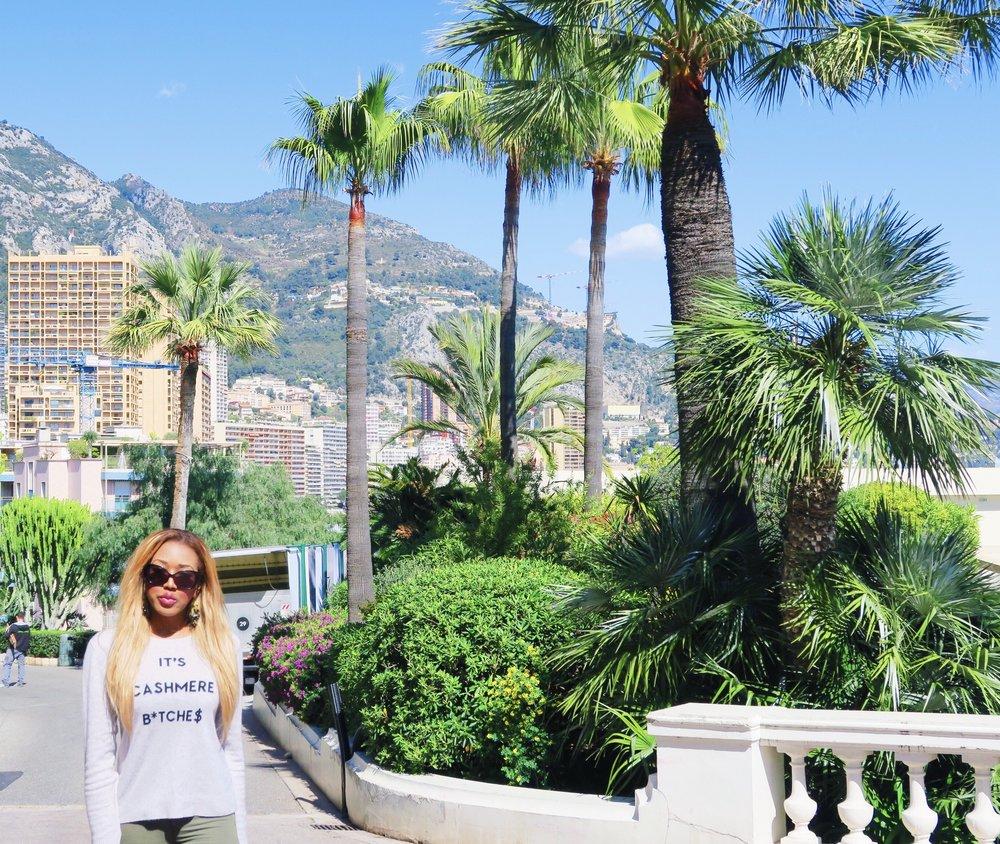 Monaco + gina rio + georgina rio  + blogger + its cashmere bitches + jumper + cargo pants + jeans green .jpg