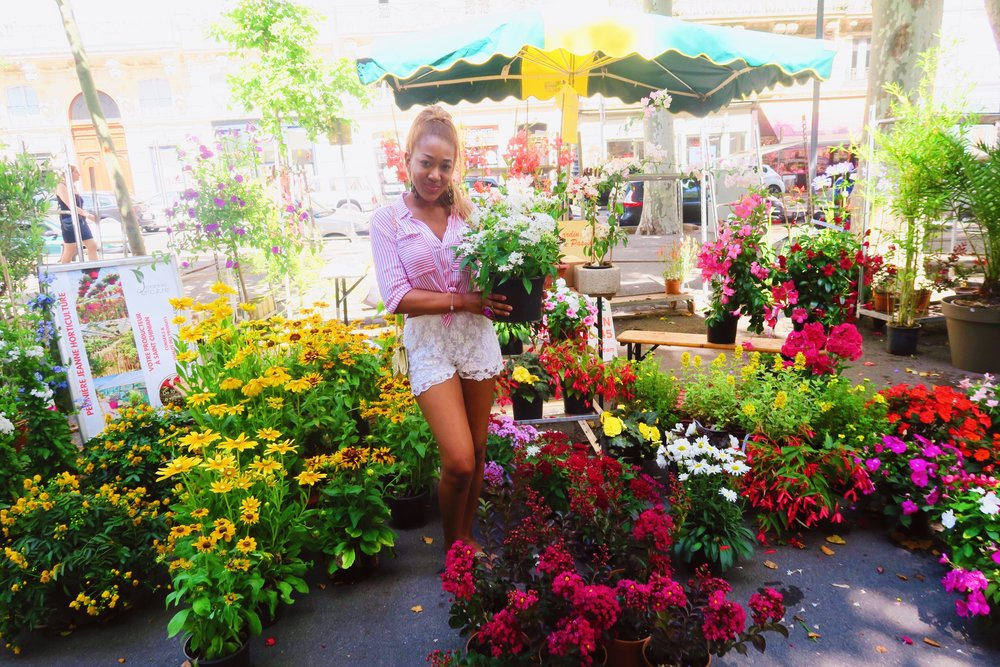 beziers flower market + south of france + style .jpg