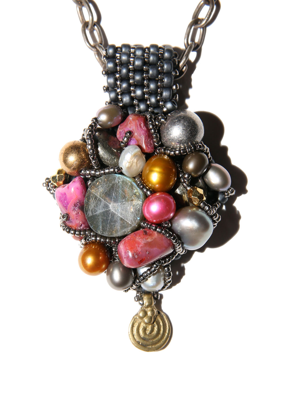 Encrusted-Pendant---Silver,-gold,-raspberry_web.jpg