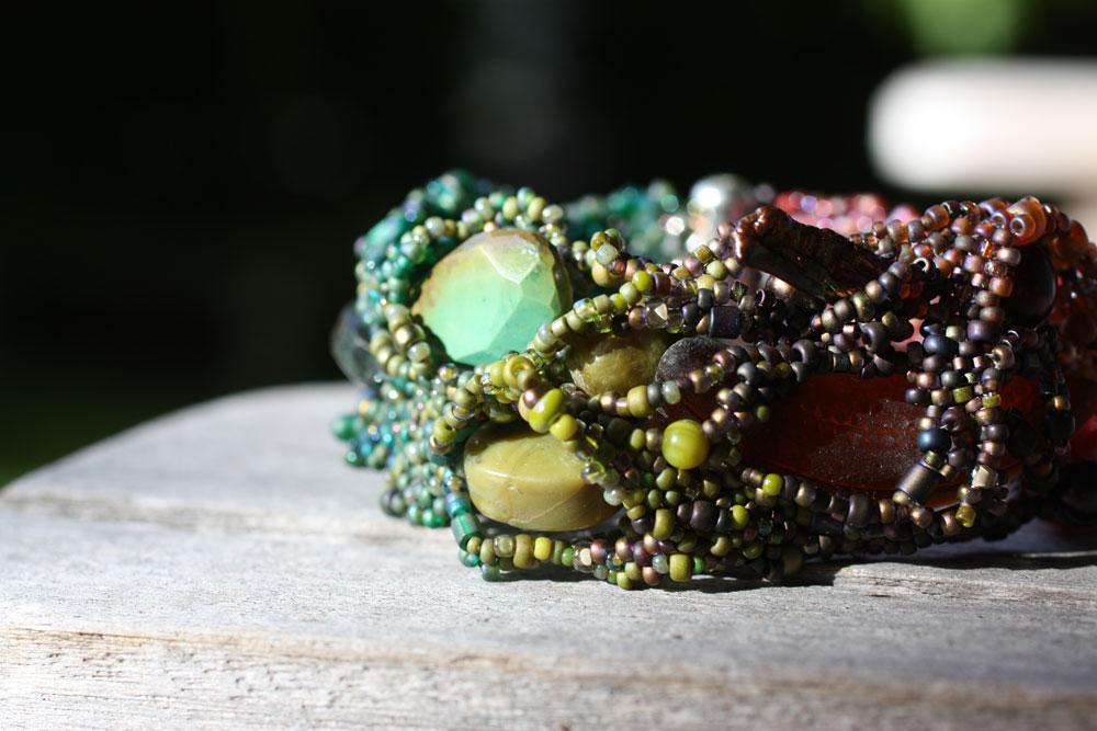 Wander-with-Color-bracelet-on-bench_web.jpg