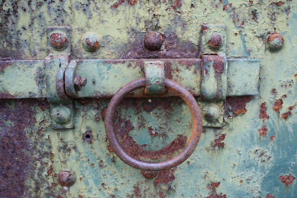 Rusty-Door-3_web.jpg