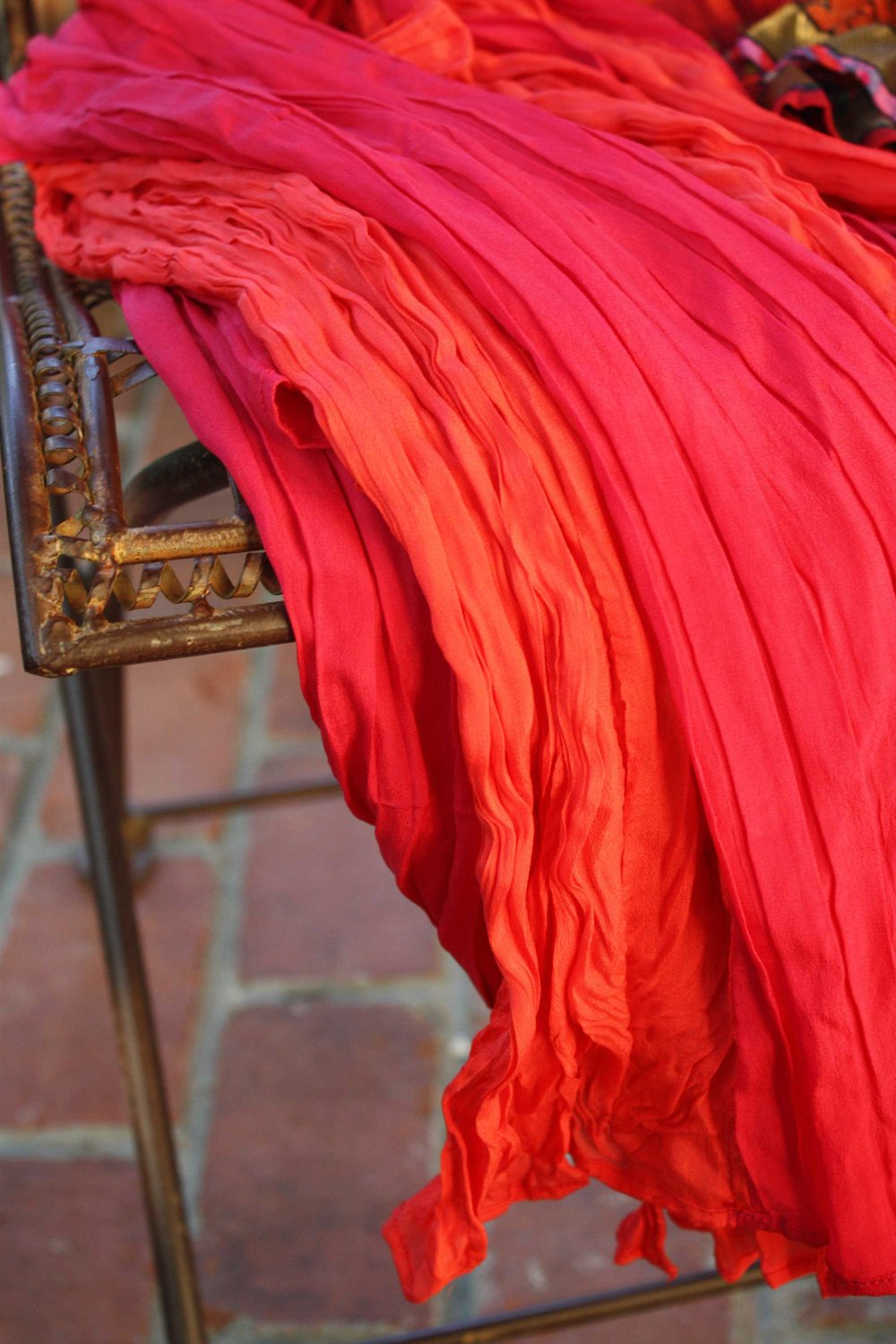 pink-orange-scarf_web.jpg