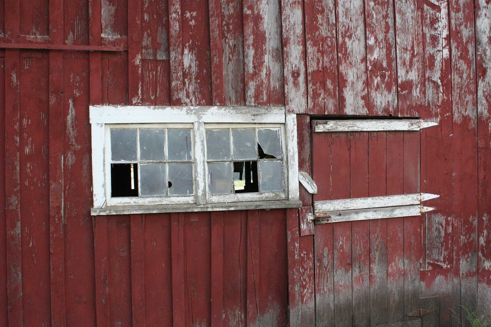 Barn-side-with-broken-window_web.jpg