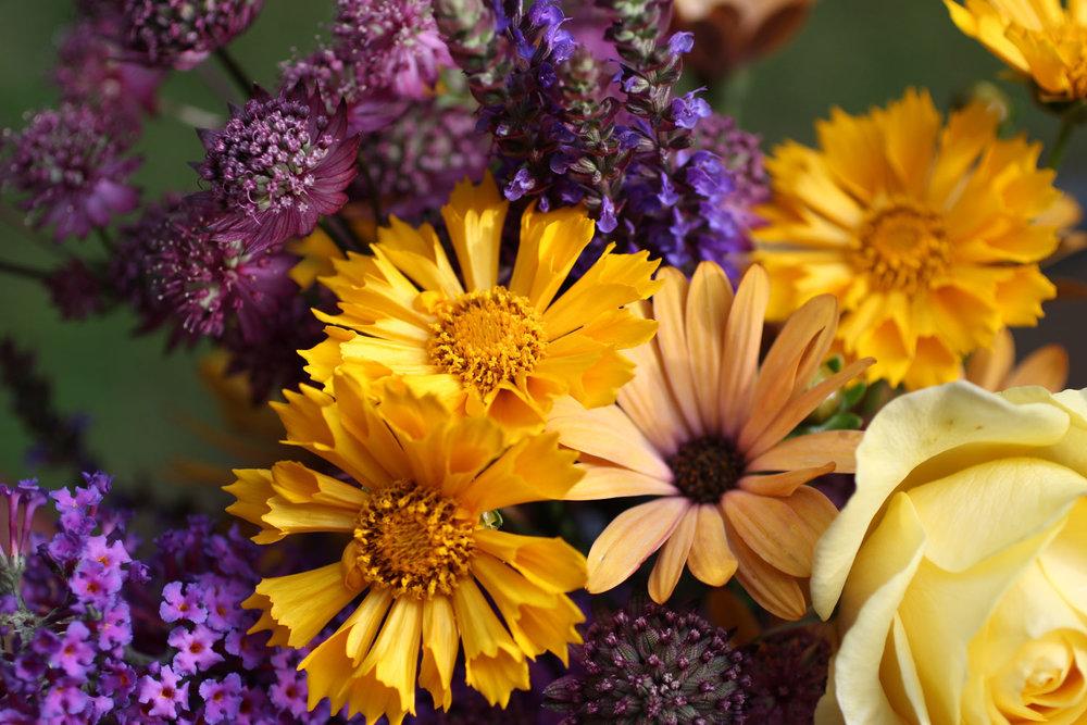 FlowerBouquet_PurpleGold_web.jpg
