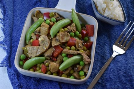 stir-fry spiced lamb with peas
