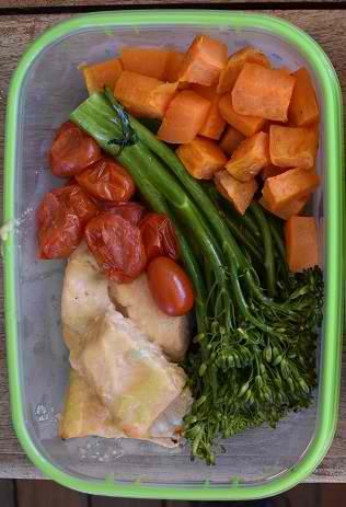 lemon roasted salmon with vegetables