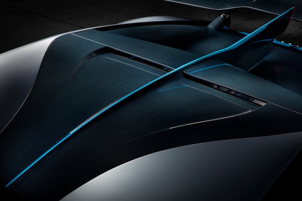 408ef6d8-bugatti-divo-21.jpg