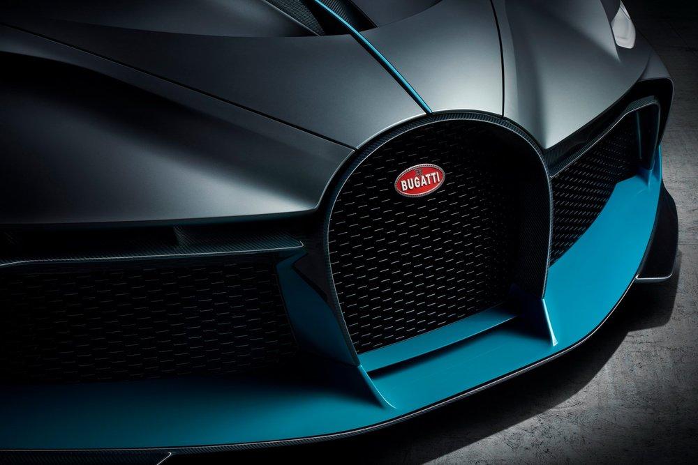 9945bc29-bugatti-divo-18.jpg
