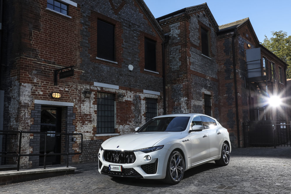 Large-14944-MaseratiLevanteSMY19GranSport.jpg