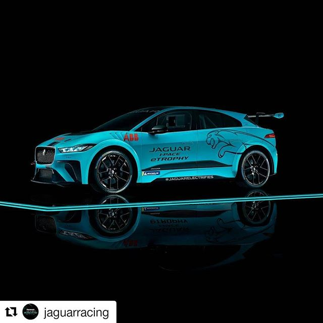 Another distinctive image that the #car #photographer @fredericschlosser and @TheBunkerAgency