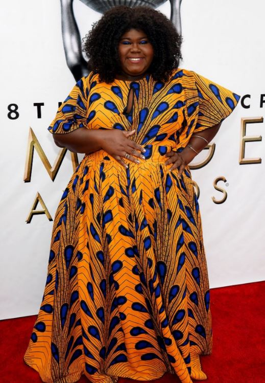 Gabourey Sidibe gave colour and print at the 2017 Image Awards - and I loved that her eyeshadow was the perfect matching blue to her dress!