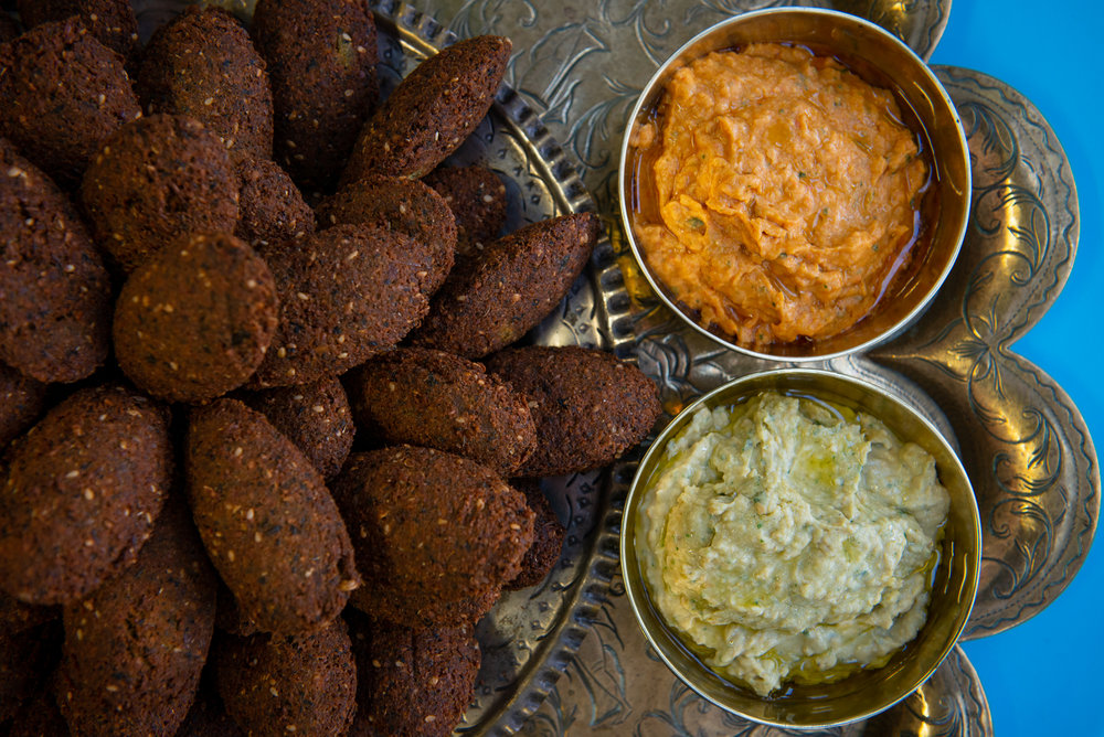 Falafel and houmous