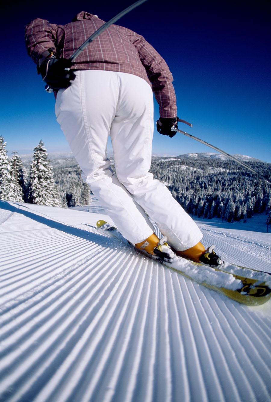 30_skierbuttshot.jpg