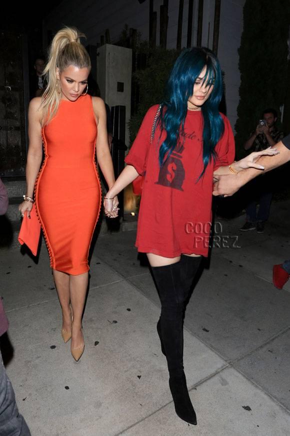 khloe-kardashian-kylie-jenner-house-of-cb__opt.jpg