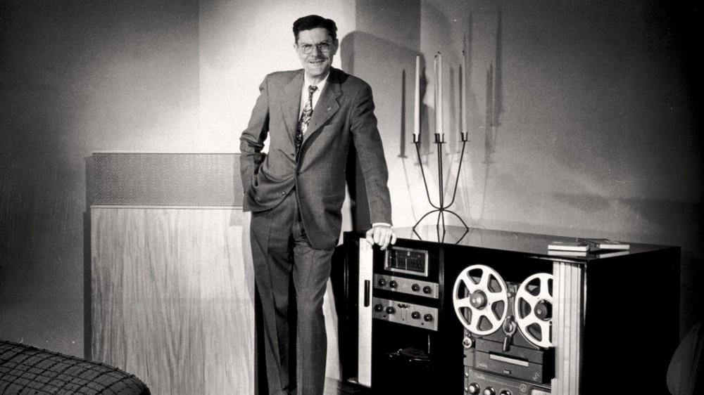 1946 - At age 42 and initiating his fifth career, Paul W. Klipsch registers the name Klipsch & Associates and begins selling his Klipschorn speakers out of a tin shed in Hope, Arkansas.   A local cabinetmaker and the Baldwin Piano Company assist Paul in building his first 20 Klipschorn speakers.