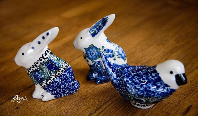 Bunnies and birdies! Perfect for spring and Easter! Stop in to see these cute decorative pieces! We're open until 3pm today or starting Monday at 10! • #spring #bunnies #birdies #smallbusiness