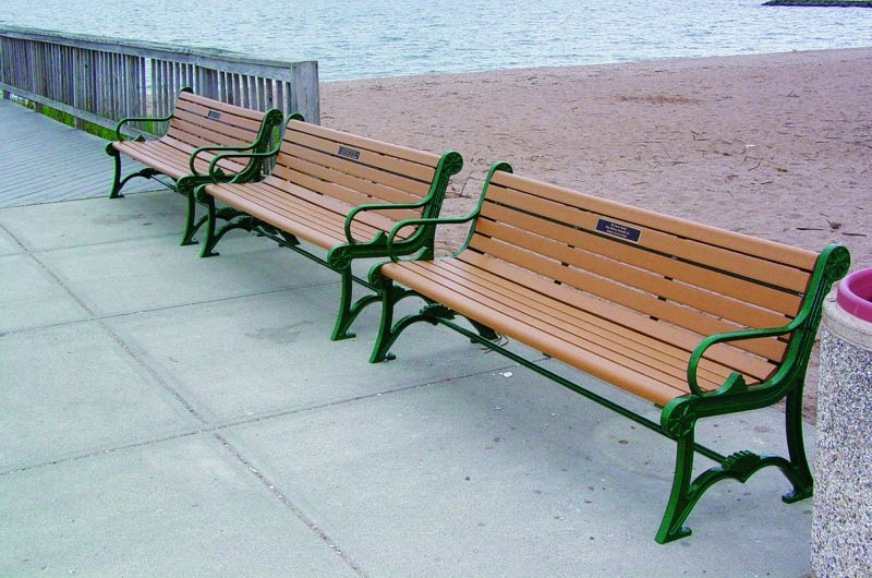 BeachBenches.jpg