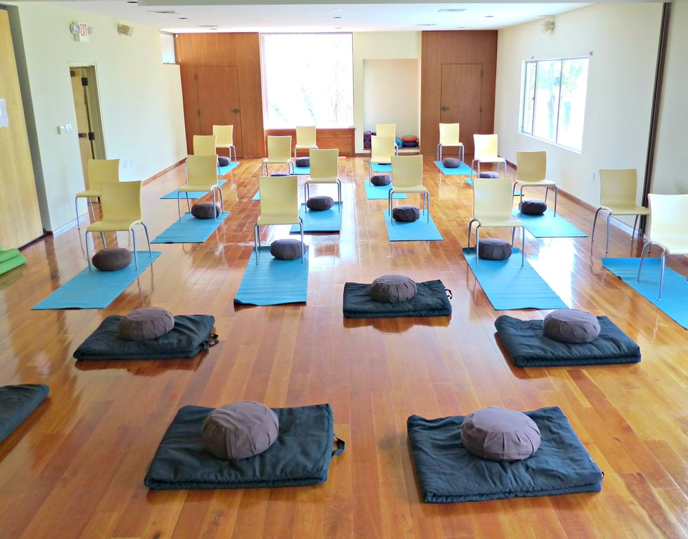 mindfulness talks + courses + Retreats