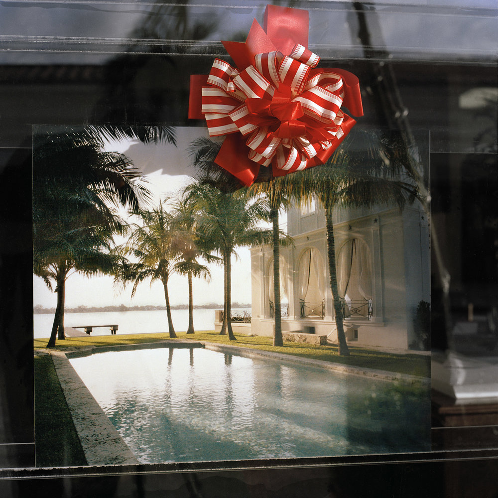Palm-Beach-Bow-Pool-deSAT.jpg