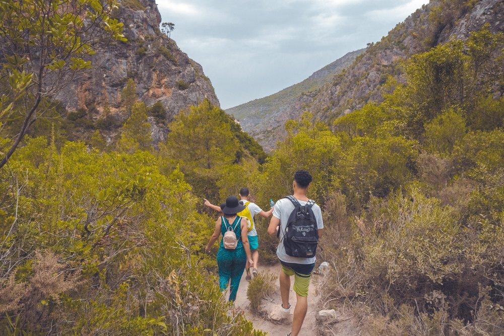 adventure-backpack-climb-1129418.jpg